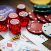 Play Blackjack online – some fundamental tips and and tactics